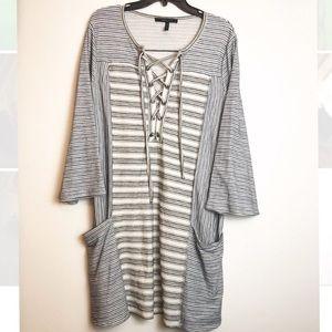 BCB MaxAzria Gray/ white cozy tunic pullover